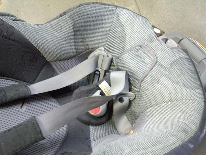 チャイルドシートのクリーニング2